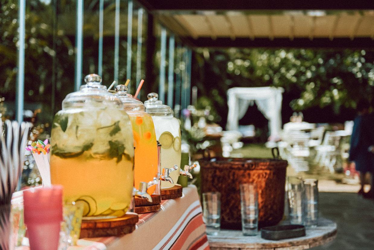 rincón mesa de aguas boda limonada